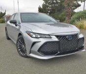 2022 Toyota Avalon Hybrid Reviews