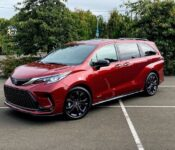 2022 Toyota Sienna Range Sedan