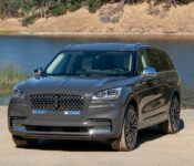 2022 Lincoln Aviator Interior Reserve